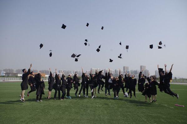 大前研一「入試なし。猫も杓子も大学、の逆を行くドイツ式教育」