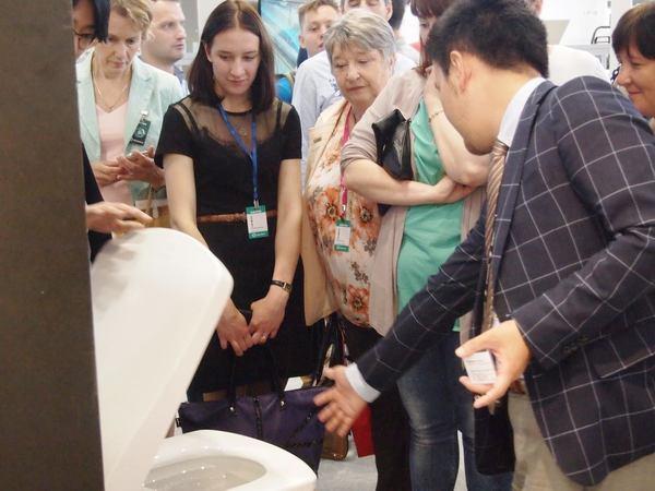 世代交代が一気に進み、日本への期待強めるロシア
