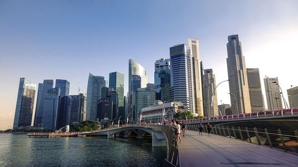 LinkedInを制する者はアジア富裕層を制す