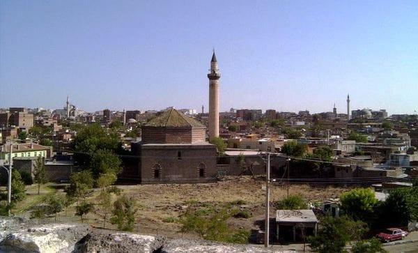 文明の十字路トルコ、シリア問題に果たすべき役割