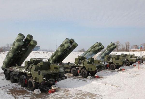 ロシアの「世界最強」地対空ミサイルを中国が入手