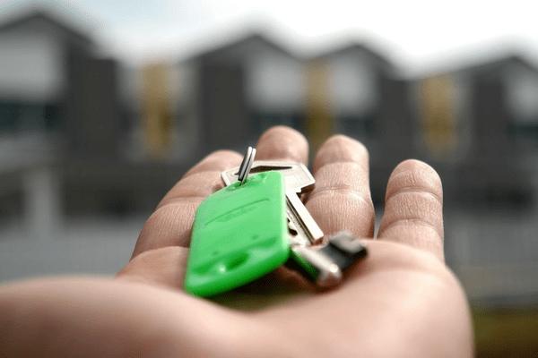 大手も乗り出す「民泊ビジネス」鍵はテクノロジー