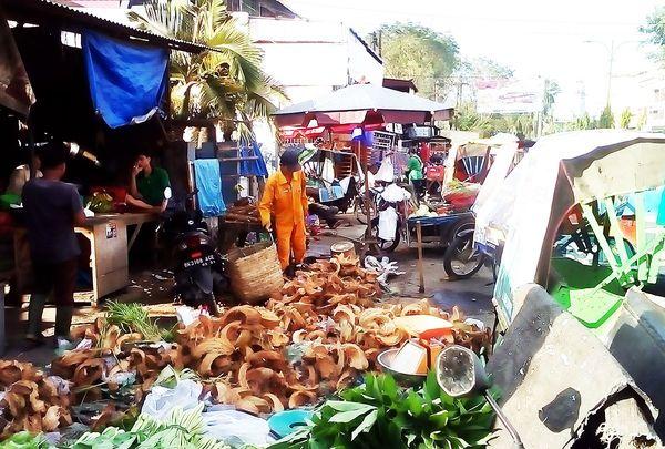 多様な民族と国が溶け込むインドネシア・メダンの食