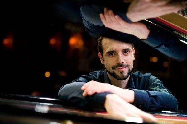 日本のジャズファンを愛するスイスの若手ピアニスト