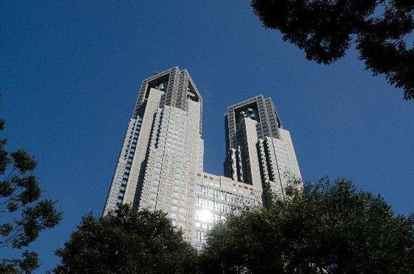 「大きな黒い頭の鼠」が巣食っていた東京都