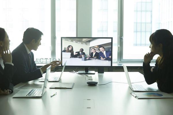自由な発想やひらめきをライブに共有、攻めのビジネスを生み出す新世代Web会議システム!