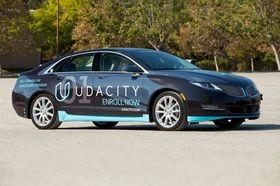 日本メーカーも注目、自動運転技術の学校ユダシティ