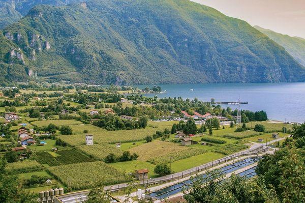 大前研一「エルメスだけ、フェラガモだけの町。イタリアに学ぶ強い地方の作り方」