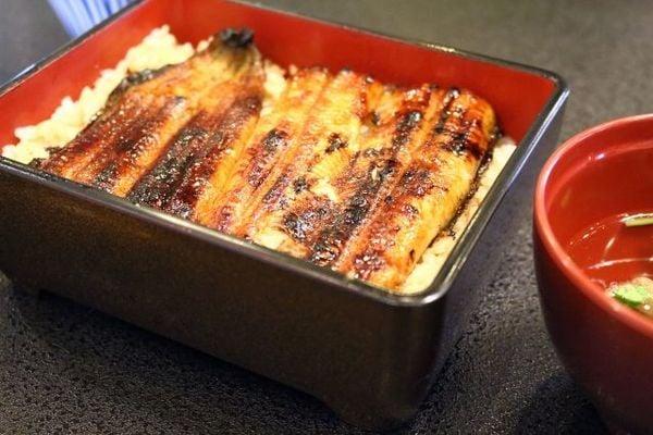 「食」の異常価格、本当の原因は日本経済の弱体化だ