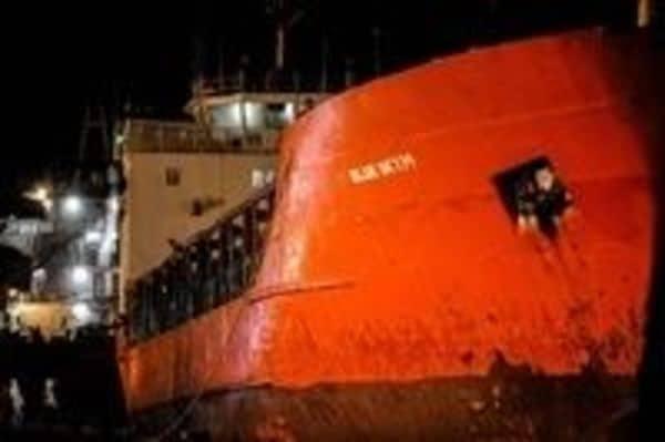 大型化した密航船は大晦日も元旦もEUを目指す
