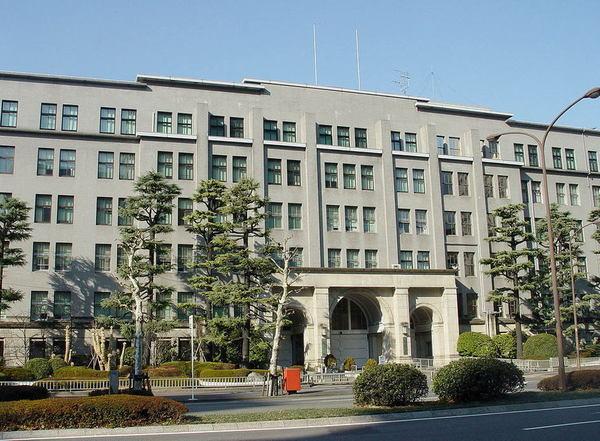 日本と投機家たちの戦い