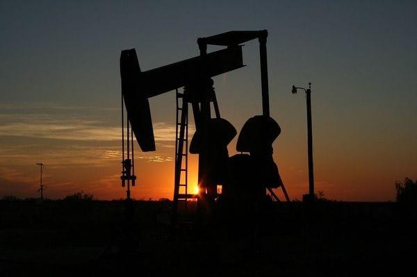 原油価格のさらなる下落が8月危機を招く?