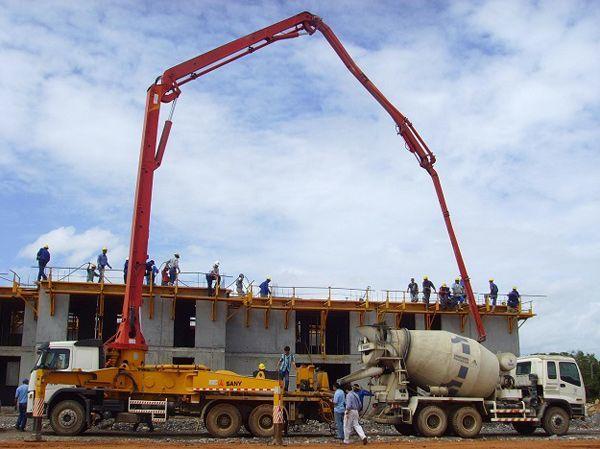 原発事故の現場に手を差し伸べた中国の建機メーカー
