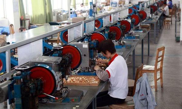 中小企業における「人手不足」が加速、建築業やサービス業で顕著に