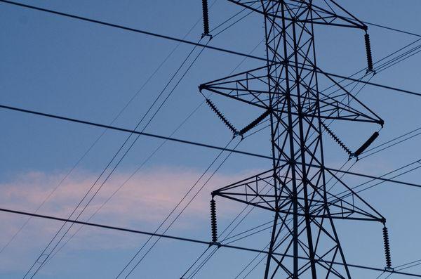 過大な再エネ補助が電力インフラを食いつぶす