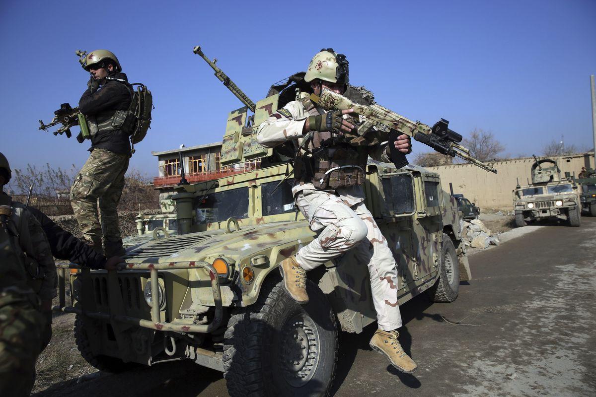 銃撃 アフガニスタン