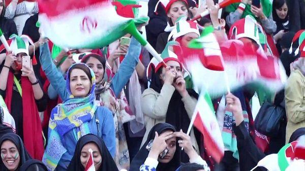 イラン、女性のサッカー観戦を解禁 40年ぶりに代表を応援