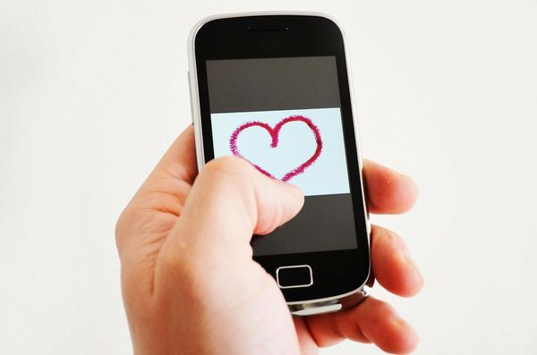 62%の「好き」が、新しい経済と社会をつくる