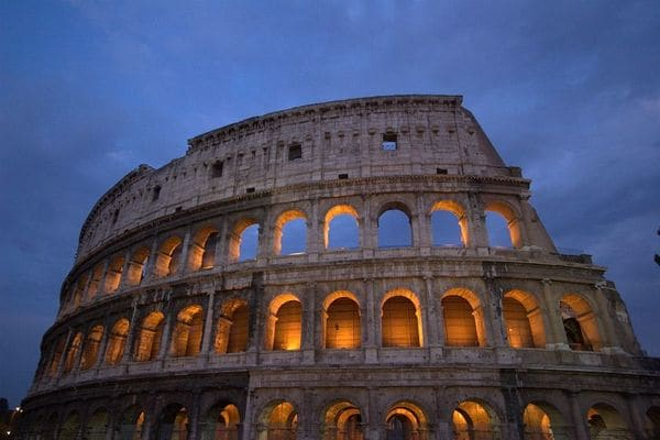 「書く」ことでリーダーの辛さを克服したローマ皇帝