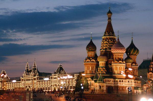 モスクワに漂う1990年代の香り