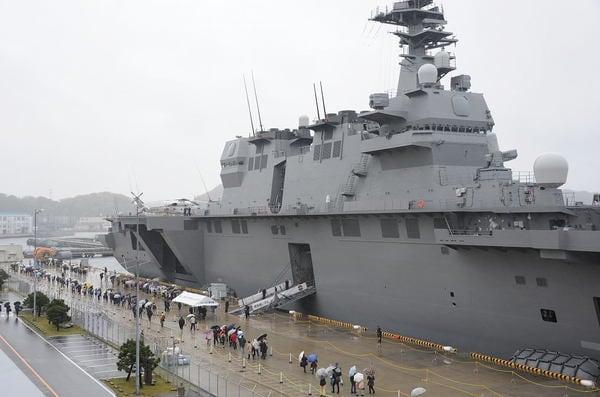 日米安保と自衛隊の撲滅は叫ばない安保法案反対派