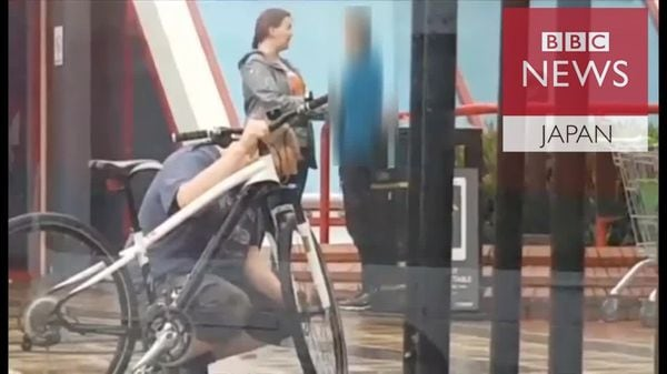 「肝っ玉お母さん」が自転車泥棒にしたことは?