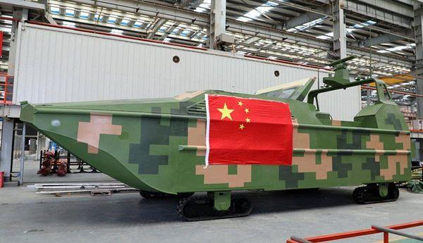中国軍の新型無人戦闘車「ウミイグアナ」の威力