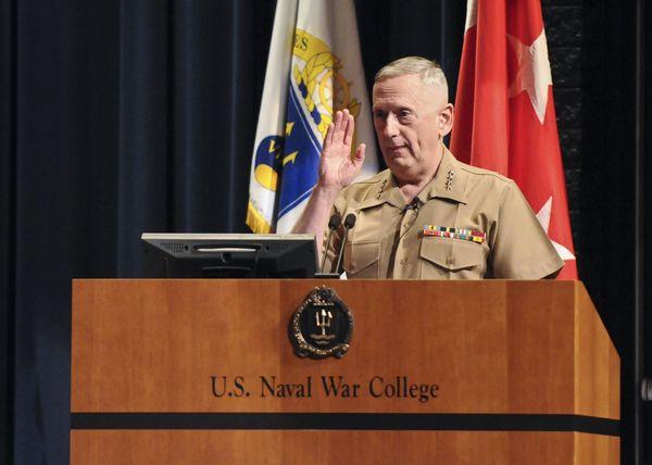 新国防長官候補、マティス氏は本当に「狂犬」なのか
