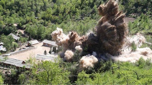 北朝鮮が爆発の様子公開 核実験場「破壊」と