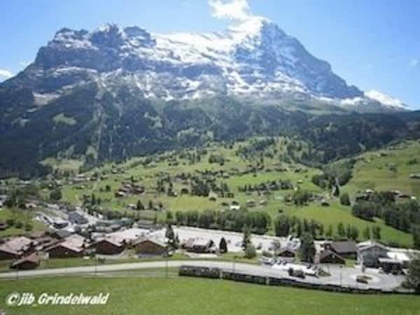 スイスの名峰を訪れるなら安東一郎さんに頼みなさい