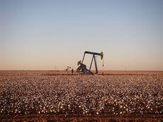 中東にまで輸出される米国産原油