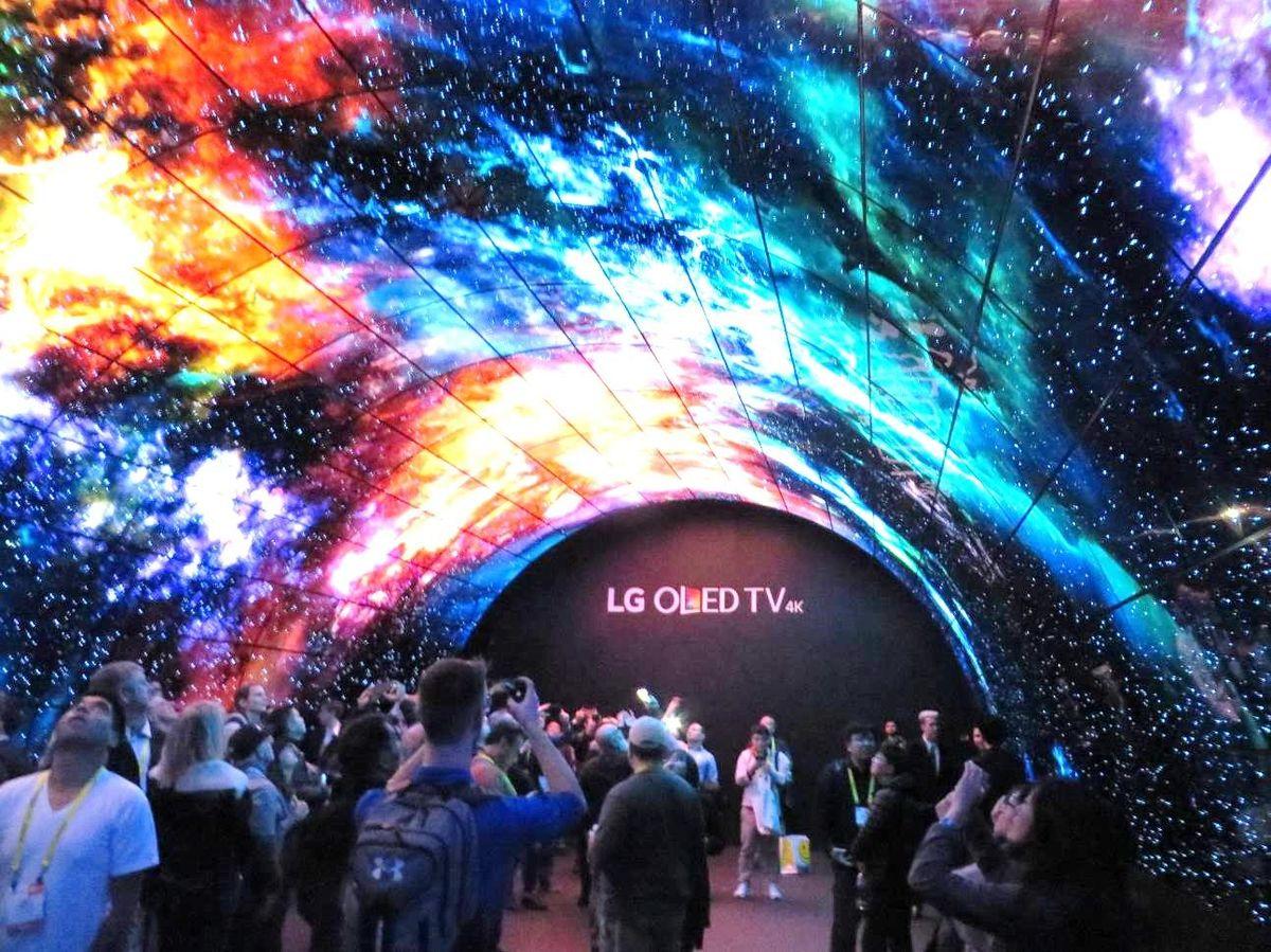 有機ELで独走、韓国LGはテレビ市場の覇権を握るか