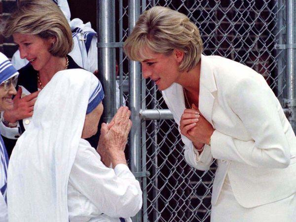 ダイアナ元妃とマザー・テレサの名前の秘密