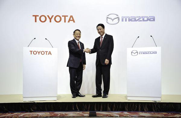 トヨタとマツダが「EV提携」、ミスリード報道の波紋