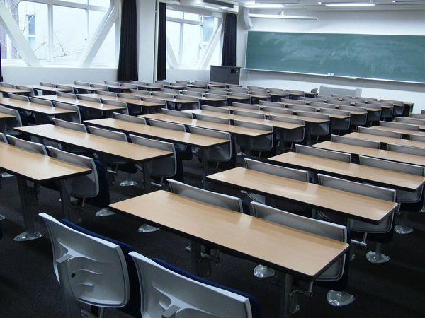 専門職大学へ転換する専門学校はどれだけあるのか?