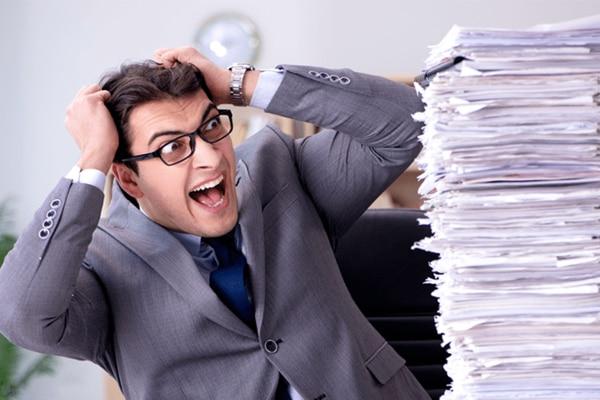 持ち帰り残業、管理職への過重負担、外注化促進による空洞化…注意すべき働き方改革の弊害