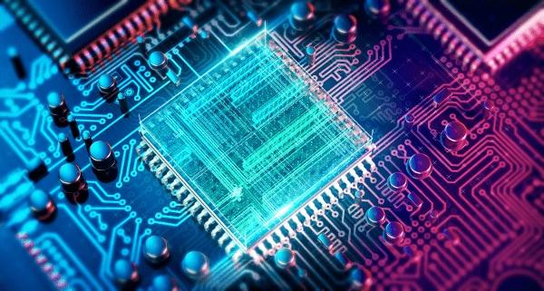 量子コンピュータ競争に予算半分以下で後れる日本