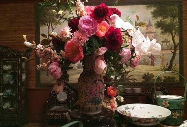 映画「クレイジー・リッチ!」を支える日本の生け花